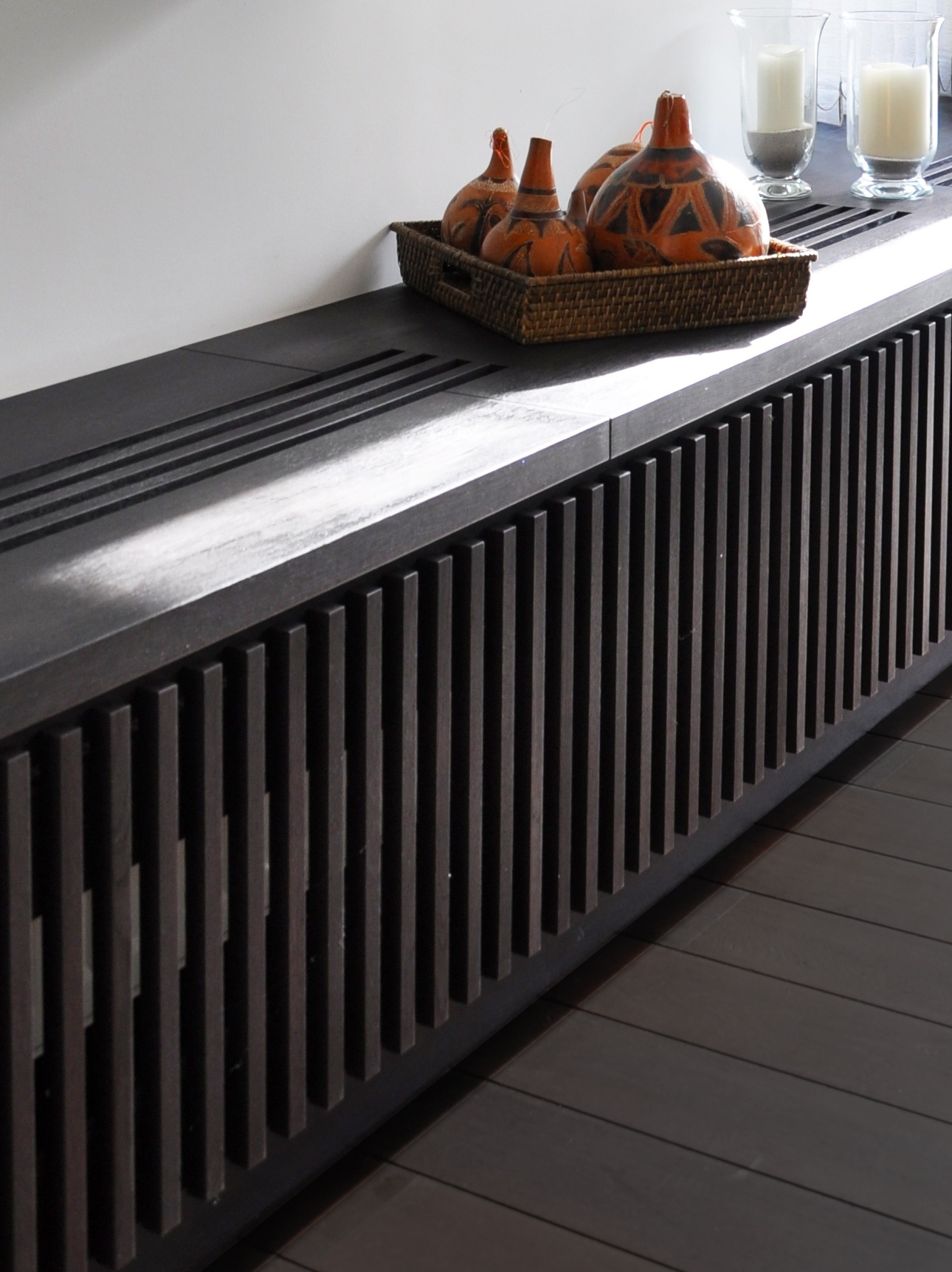 cache radiateur fonte fashion designs. Black Bedroom Furniture Sets. Home Design Ideas